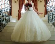 Продаётся свадебное платье б/у